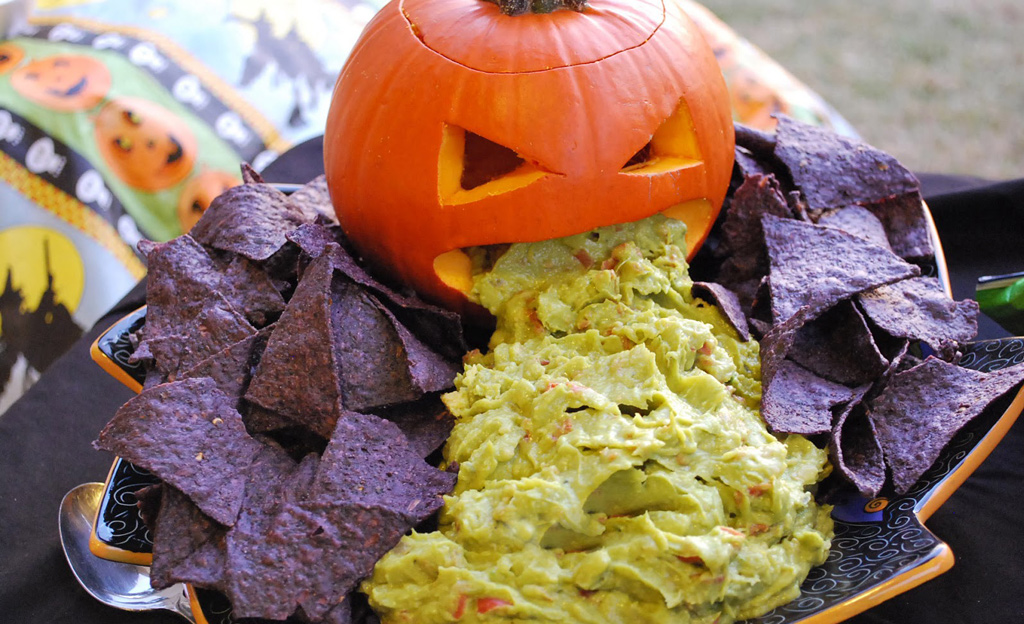 Halloween Party & Candy Food Safety Tips