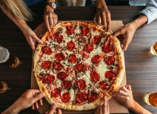 pizza_month_food_safety_illness