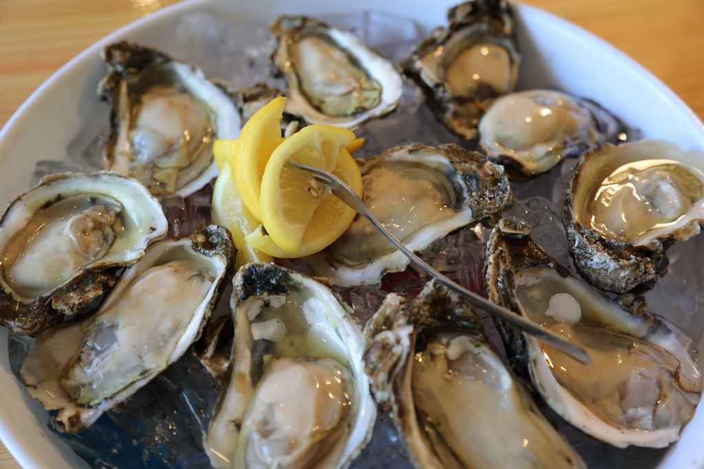 raw_oysters_seafood_shellfish_food_safety_illness