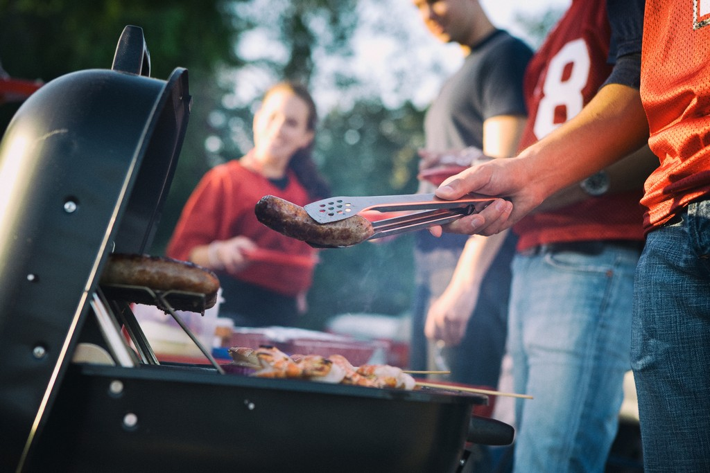 football_nfl_bbq_grilling_food_safety