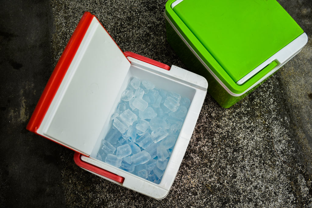 power_outage_cooler_food_safety_illness
