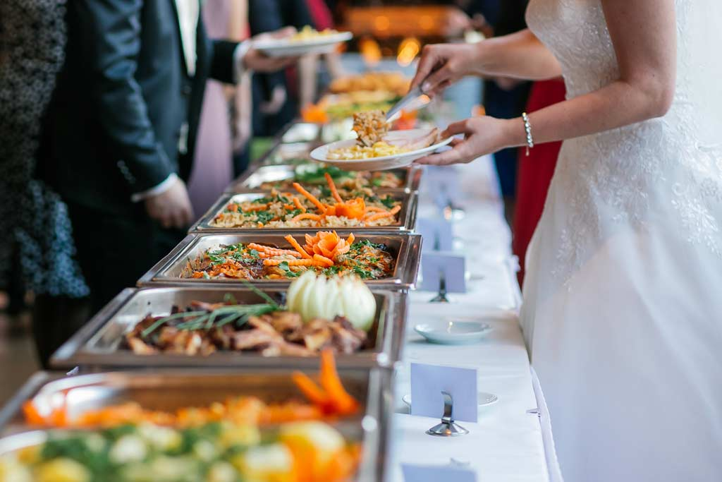 catering_wedding_reception_food_safety_illness