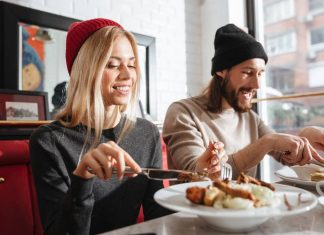eating_out_dining_food_safety