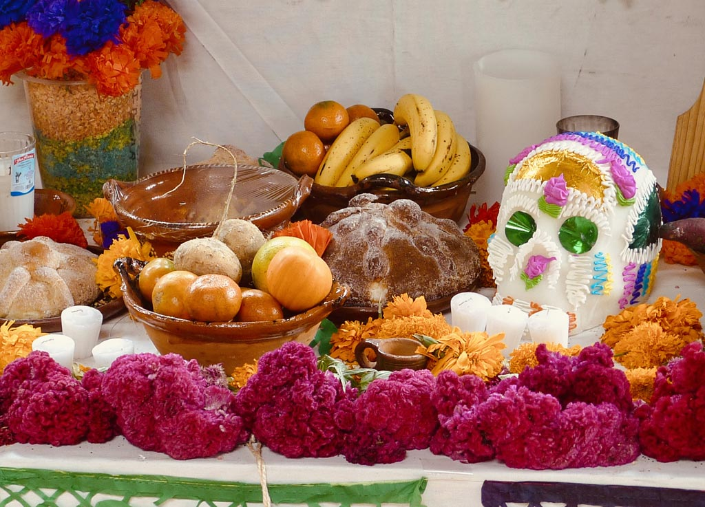 ofrenda_dia_muertos_day_dead_party_food_safety_illness