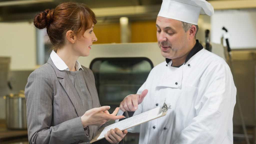 personincharge_chef_cfm_manager_food_safety_illness