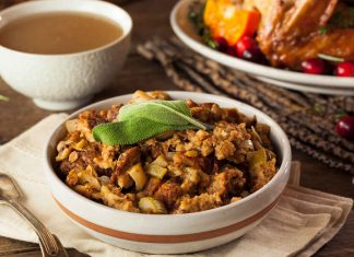 stuffing_dressing_turkey_holiday_food_illness_safety