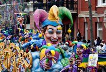 Mardi_Gras_Parade_New_Orleans