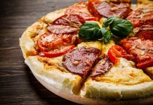 pizza_day_food_safety_illness