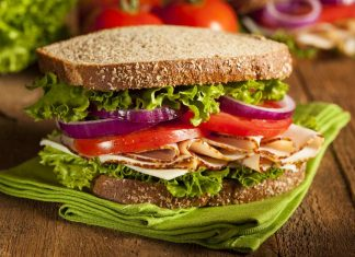 sandwich_food_safety_illness